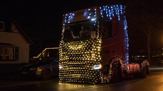 Verlichte trucks in Twenterand