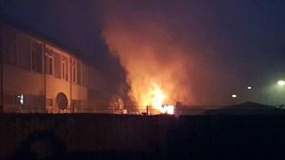 Schuurbrand in Hengelo veroorzaakt veel rook