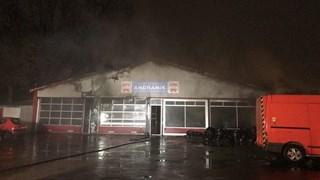 Brand bij garagebedrijf in Almelo