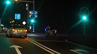 De politie heeft opritten naar de A1 afgesloten