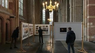 De expositie van Rauw Licht in de Lebuïnuskerk