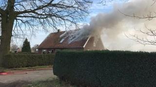 Veel rook bij brand in woning
