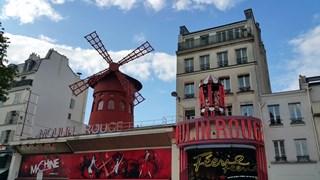 Niermans is onder andere verantwoordelijk voor de Moulin Rouge in Parijs