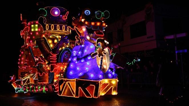 Kijk terug: Verlichte carnavalsoptocht Tubbergen
