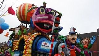 De carnavalsoptocht in Denekamp 2018