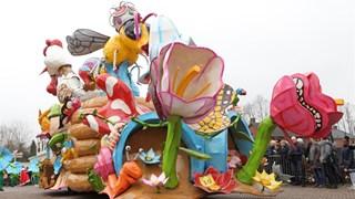 De carnavalsoptocht in Lemelerveld 2018