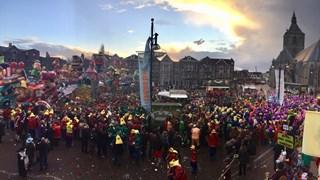 De prijsuitreiking van de Grote Twentse Carnavalsoptocht in Oldenzaal 2018