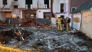 Brand bij voormalig hotel in Delden