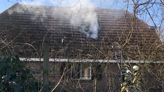 Brand in woning in Sibculo, bewoners op tijd buiten