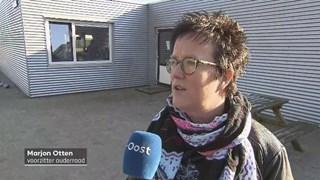 Voorzitter Marjon Otten van de ouderraad wil dat de school in Tuk blijft.