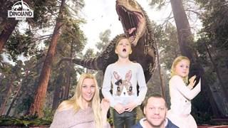 Spannende foto van familie Baltus in Dinoland