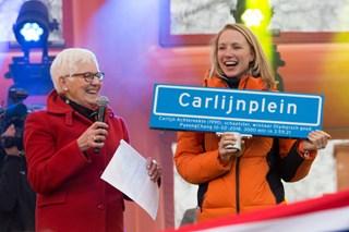 Huldiging Carlijn Achtereekte Carlijnplein