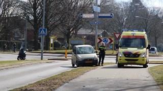 Scooterbestuurder gewond naar het ziekenhuis