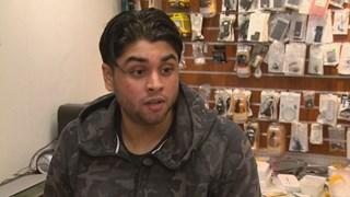 De mishandelde jeugdtrainer Uwais Goelab reageert opgelucht op de aanhouding van vijf verdachten