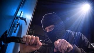 Inbrekers slaan binnen 24 uur drie keer toe in Almelo