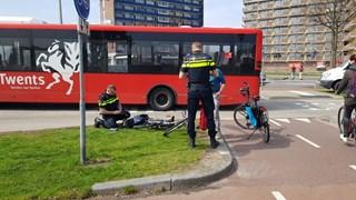 Botsing tussen stadsbus en fietsster