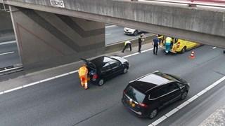File op A1 tussen Oldenzaal en Borne door ongeval, linkerrijstrook dicht