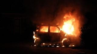 Weer autobrand in Holten
