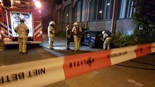 Autobrand in Hengelo: politie op zoek naar mogelijke stichters