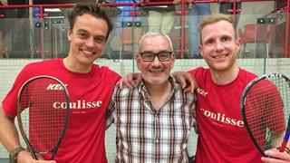 Henk Meulenbelt met twee leden van zijn team