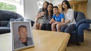De familie van de vastgehouden zeeman Gert Oonk