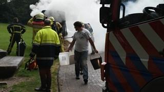 Brand geblust, ook met emmers water