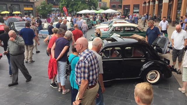 Oldtimerdag in Nijverdal - fotograaf: Sander Jongsma / RTV Oost