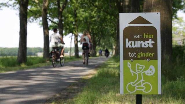 Kunstfietsroute \'Kunst van hier tot ginder\' - fotograaf: Stichting Kunst