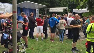 Enkele Twentse deelnemers aan de grensoverschrijdende triatlon