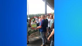 De gewraakte bar langs het veld in Vriezenveen