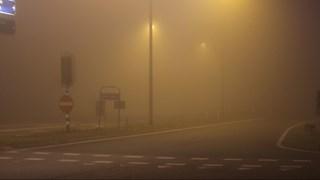 Code geel voor dichte mist in Overijssel (foto ter illustratie)