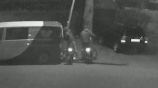 Twee personen stelen gereedschap uit bedrijfsbus Hengelo