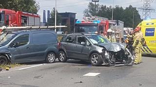 Twee gewonden bij aanrijding Hengelo