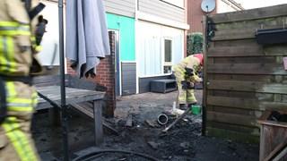 Schutting brandt weg in Den Ham