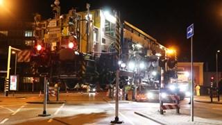 Deze machine moet zorgen dat er morgen weer treinen tussen Enschede en Gronau kunnen rijden