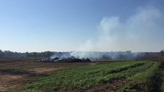 Onbekenden hebben het paasvuur in Deldenerbroek vannacht aangestoken