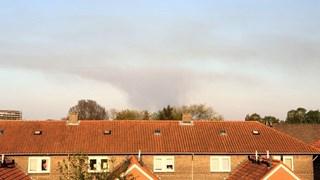 De rook is ook in Hengelo te zien