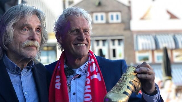 Kees Kist met Johan Derksen - fotograaf: RTV Oost