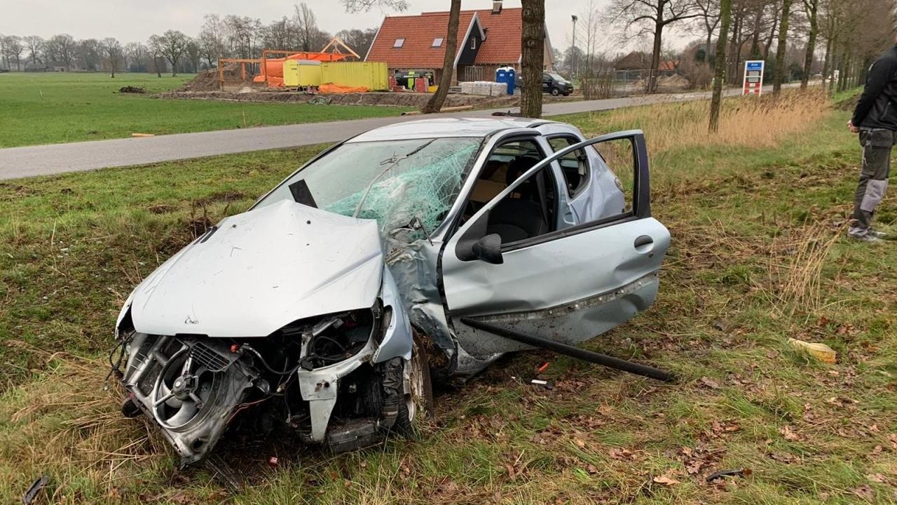 Gewonde bij eenzijdig ongeluk in Ane.