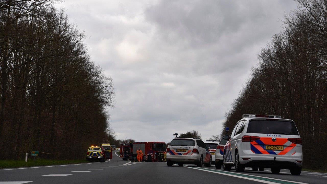 Almeloër om het leven gekomen bij ernstig ongeluk op N36 bij Westerhaar.