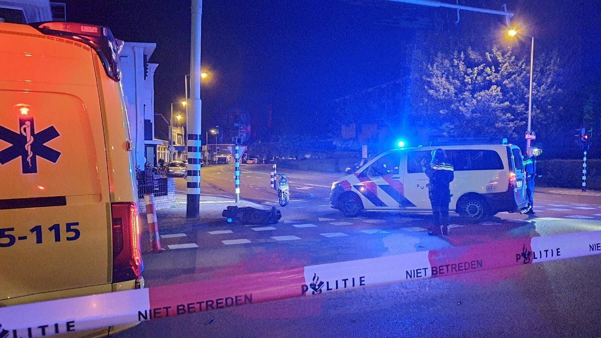 Scooterrijder gewond geraakt bij aanrijding in Enschede.