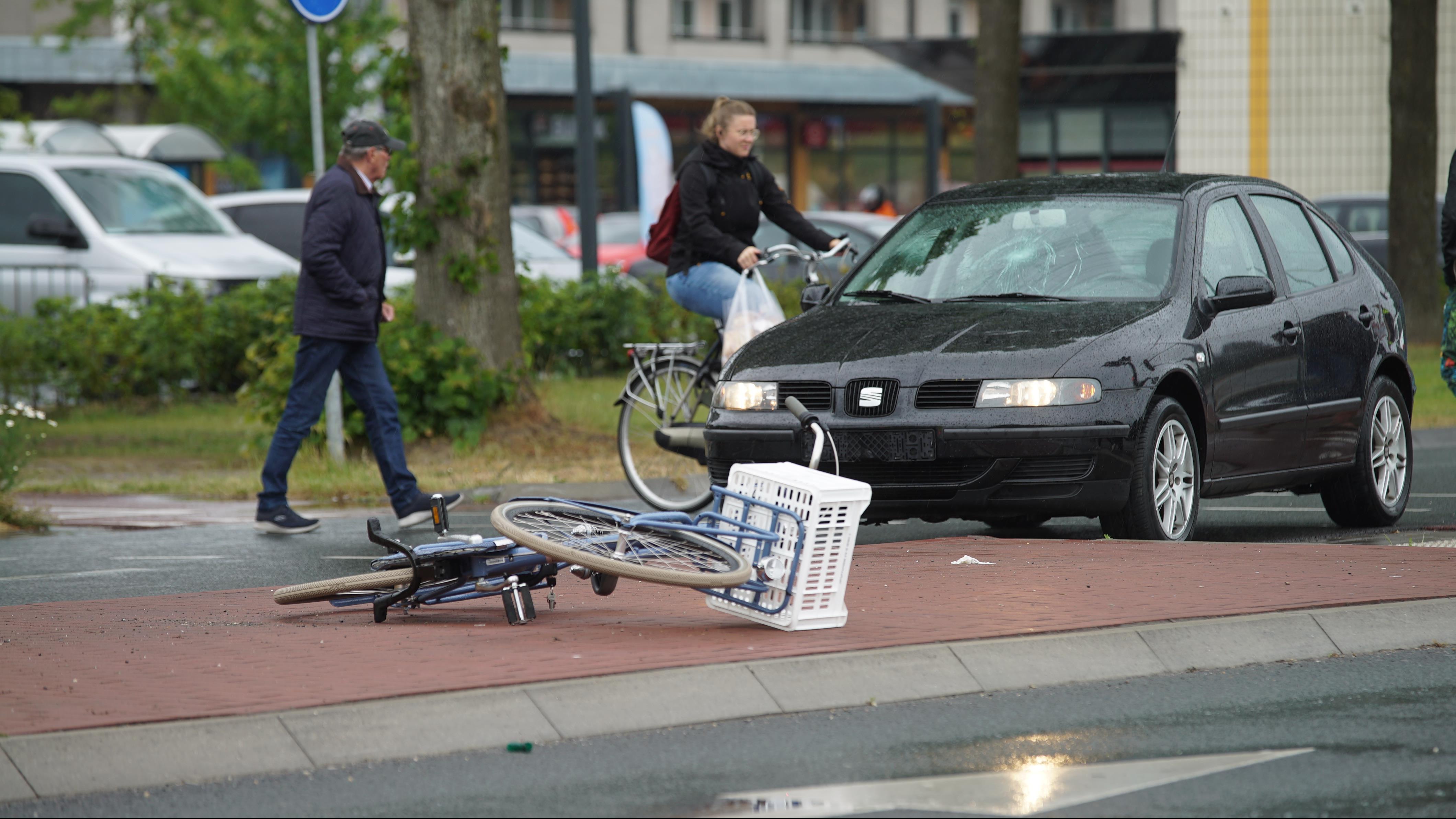 Verkeershinder op N344 in Deventer vanwege aangereden fietsster.