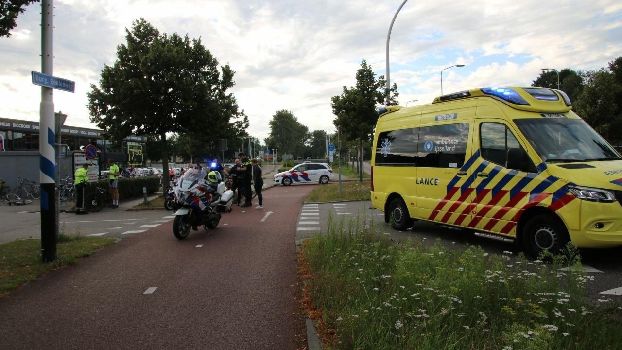 Fietser gewond bij aanrijding met auto in Zwolle.