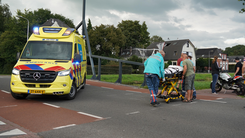 Vrouw in Dedemsvaart aangereden bij het uitlaten van haar hond.