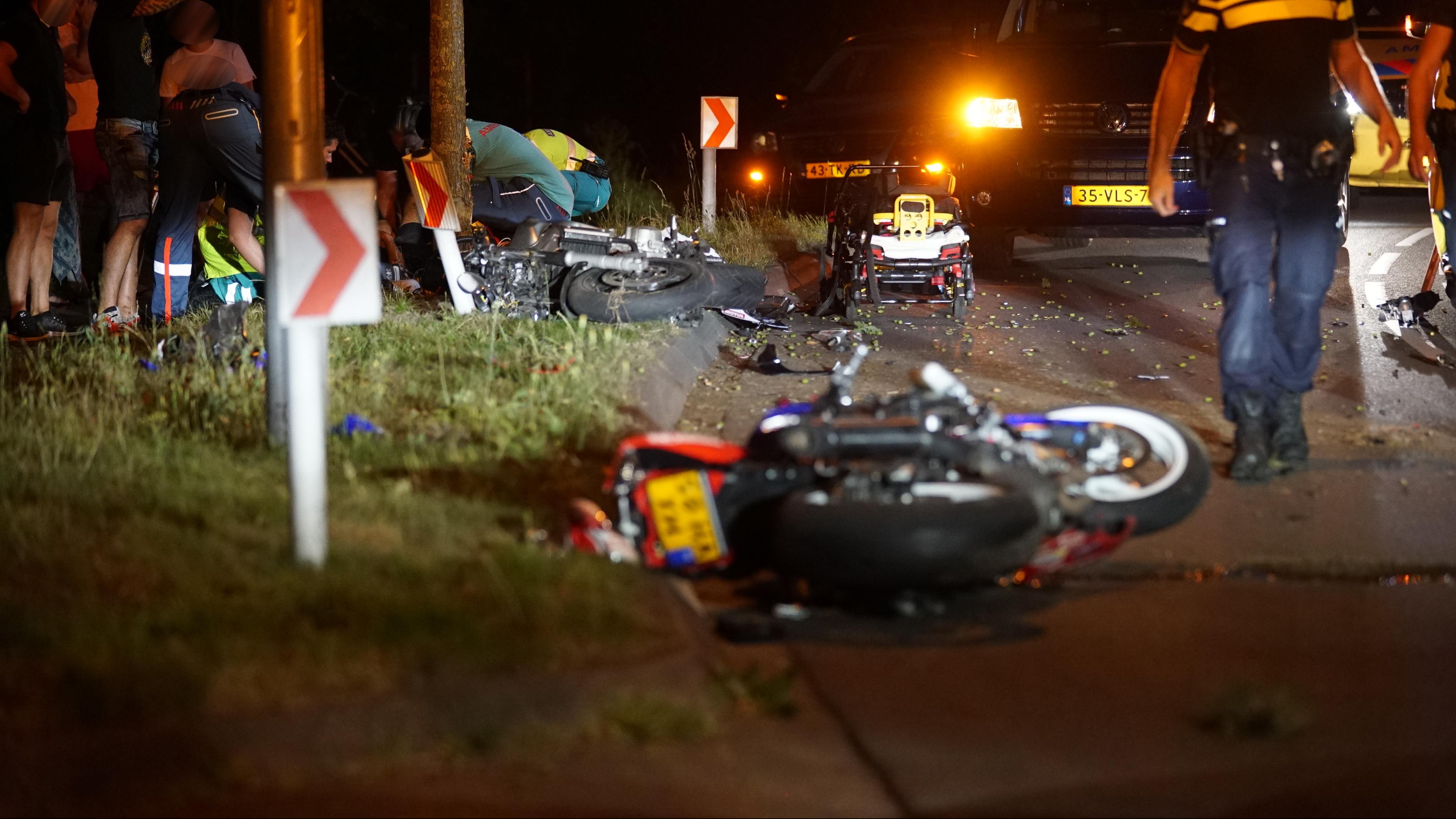 Motorrijders gewond na ongeval bij Deventer, N344 afgesloten.