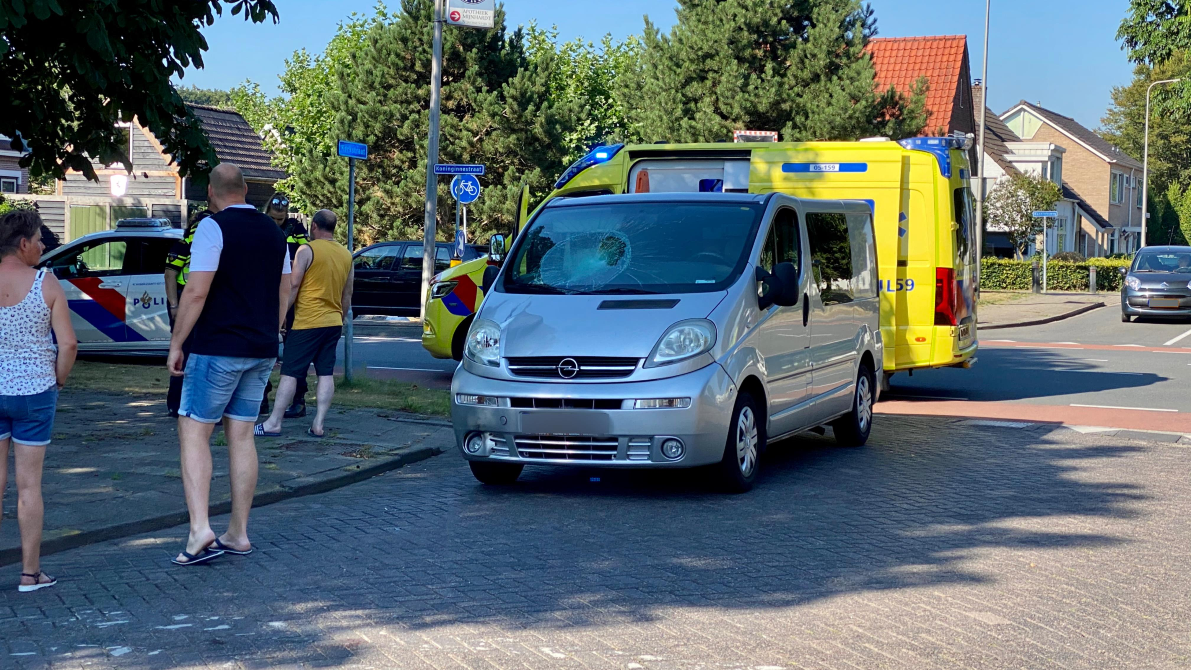 Fietsster gewond bij aanrijding in Nijverdal.