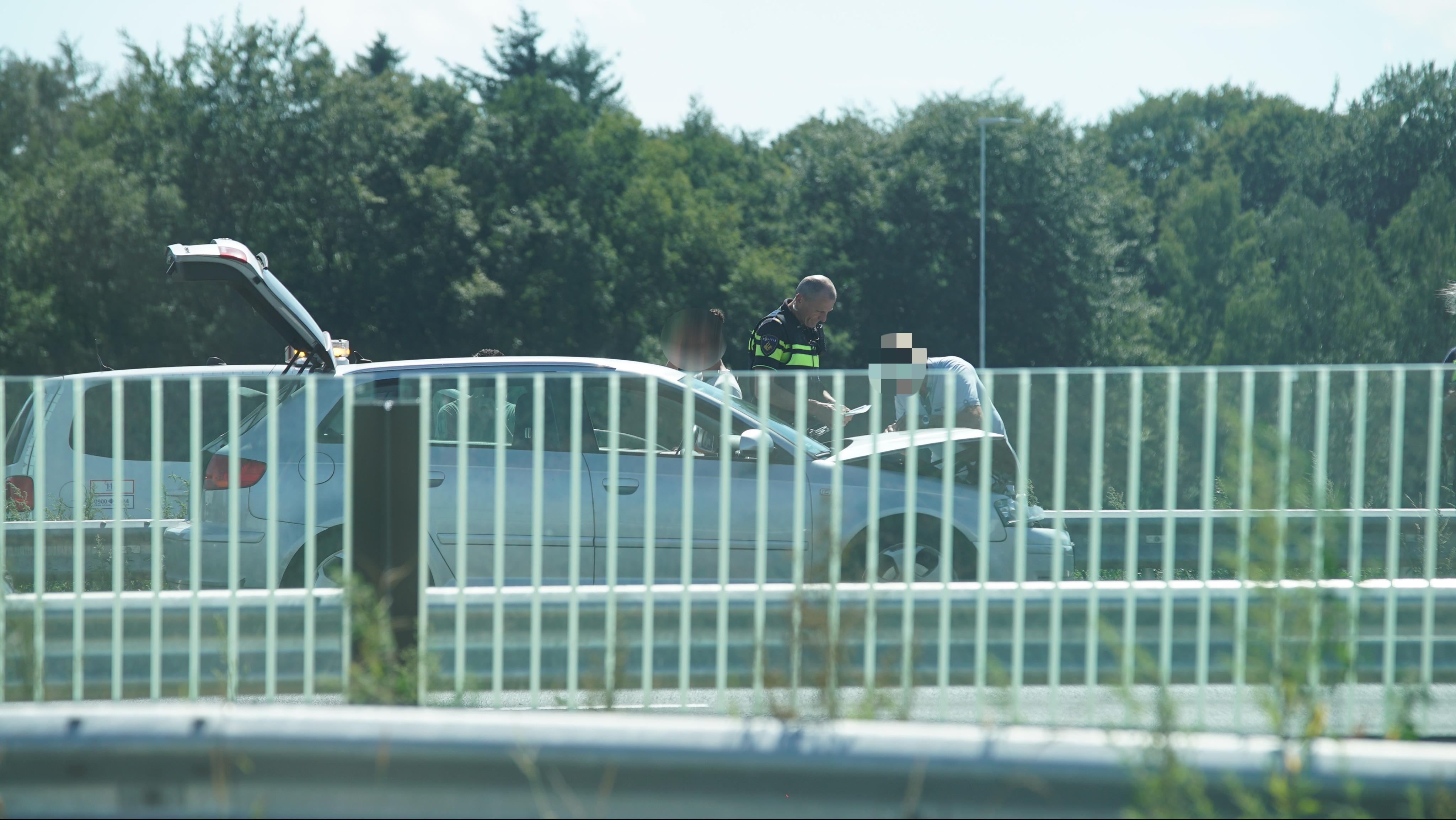 Flinke vertraging op A1 na ongeval met vier voertuigen.