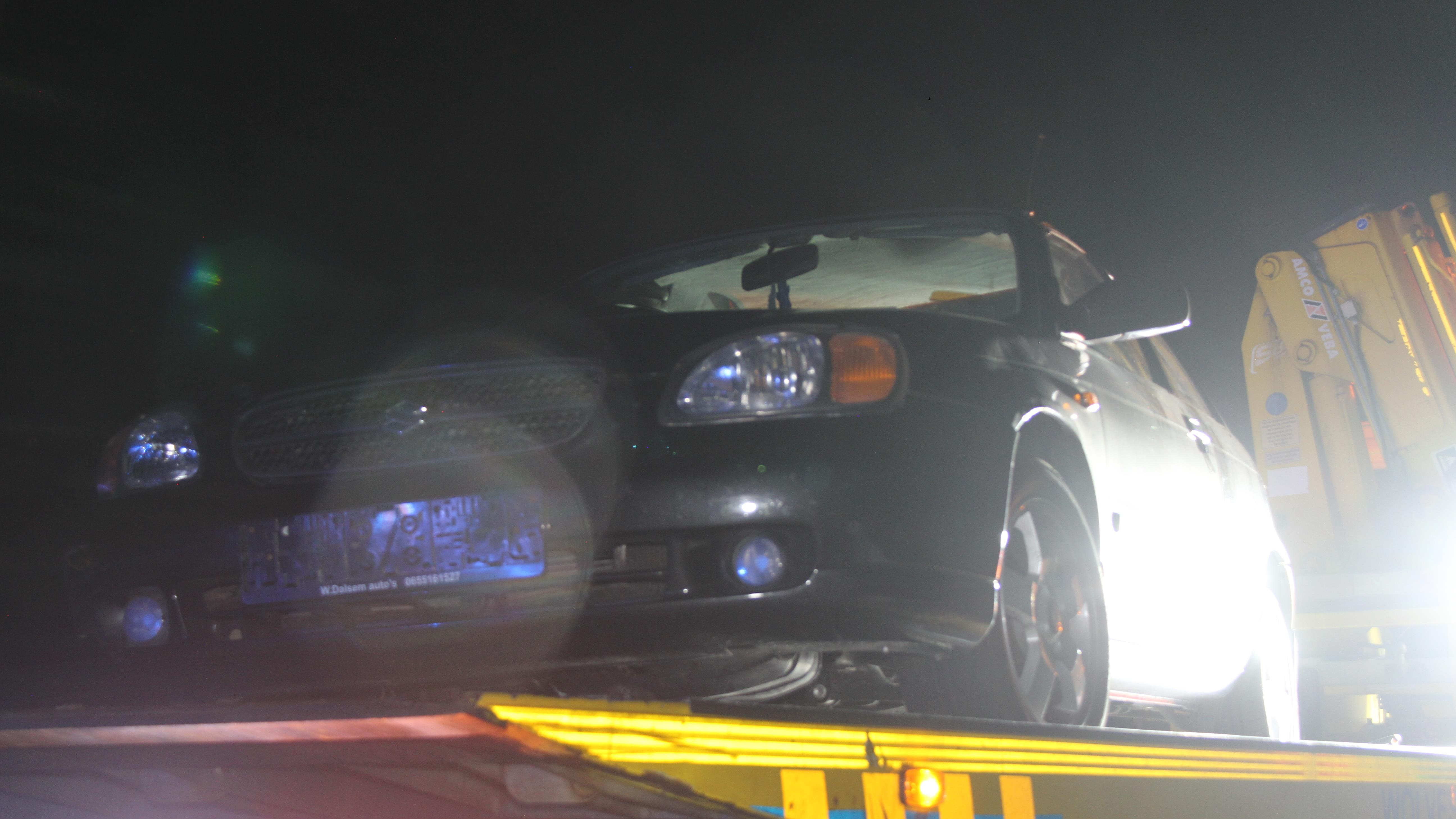 Bestuurder gaat er vandoor na eenzijdig ongeluk op A1.
