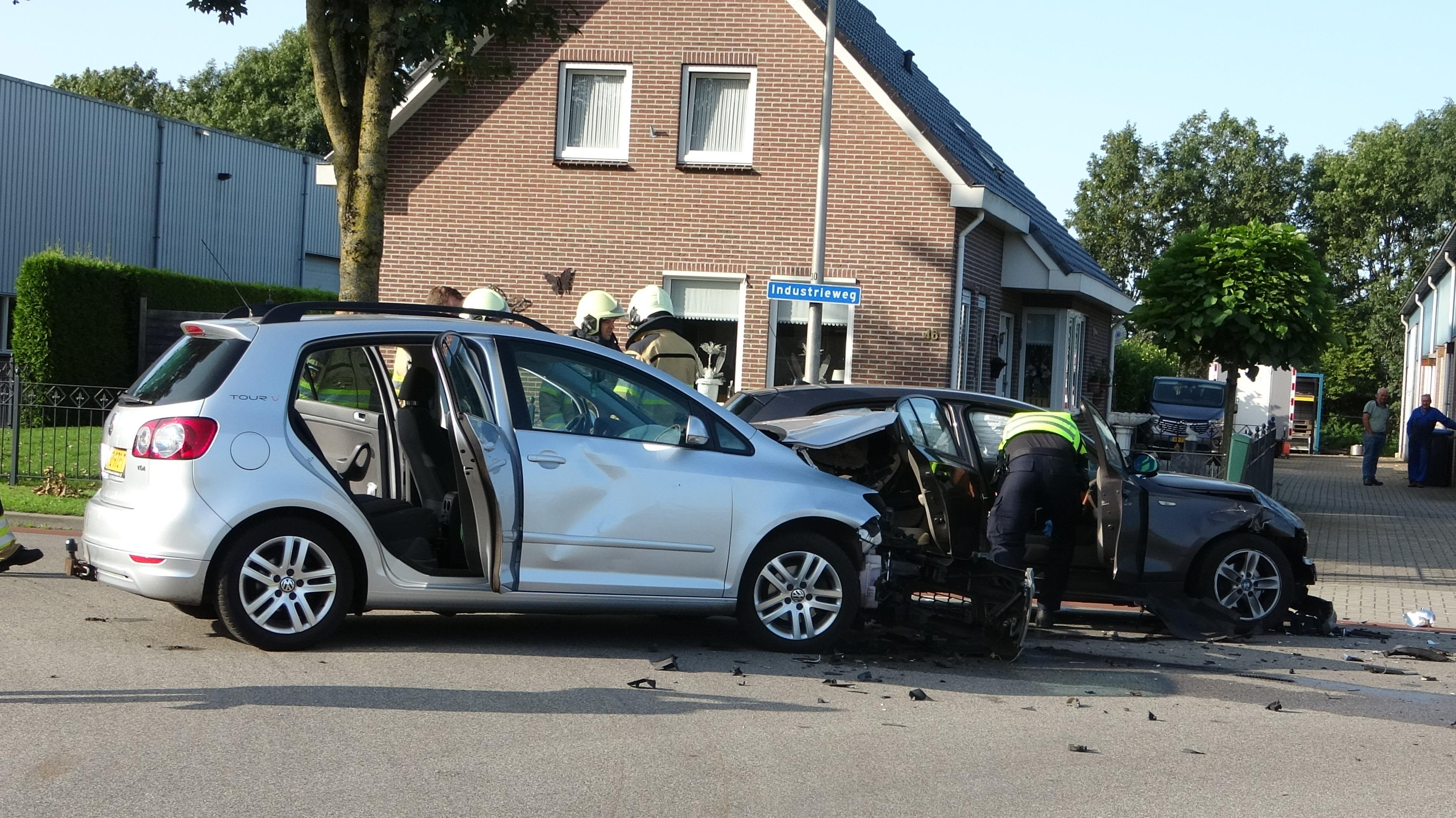 Gewonde bij ongeluk in Staphorst.