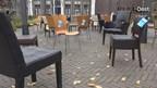 Lege stoelen op de Nieuwe Markt in Zwolle